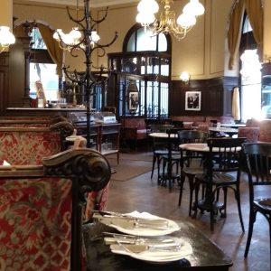 Breakfast in Vienna: feel like a Sir 🤴 Café Sperl