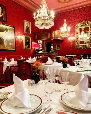 As part of this year's Traveller's Choice Awards, TripAdvisor just ranked Restaurant Rote ...