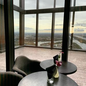 #meliavienna #homedesign #restaurant #brunch #brunchbuffet #lounge #bar #view #sky #views #hotel #hotelmelina #57restaurant ...