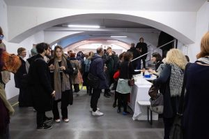"""Thank you everyone for opening """"die weisse ab-haus-verkaufs-kunstschau"""" #06 with us last Tuesday! . We had a..."""