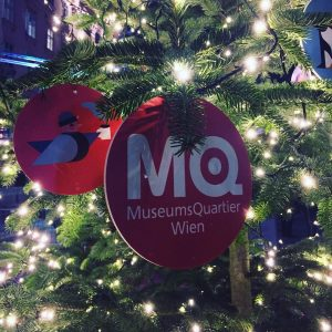 Christmas are coming. #austria #wien #vienna #museumsquartier #mq #christmas #christmaslights #lights #christmastree #penguin #gluhwein #vriesthor #authentic #clarendon...