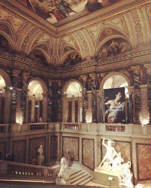 It was a special night yesterday at #kunsthistorischesmuseum #vienna 🤩 Not only did we welcome numerous visitors...