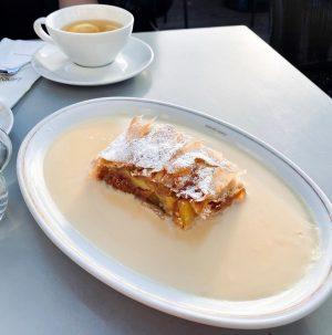 Венский штрудель😋 Café Landtmann