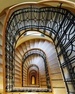 #oesterreich #austria🇦🇹 #vienna #wien #josephsstadt #treppenhaus #josephshof #hotel #wanderlust #architecture #architektur #architekturphotographie