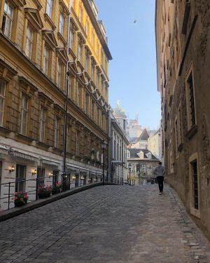 Милые улочки в центре #вена #австрия #vienna #austria #vein