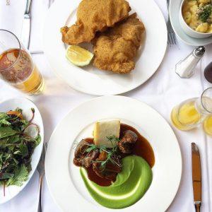 Fine Dining 4/7🍽 Hello ihr Lieben💗 Unsere heutige Empfehlung entführt euch in die Welt der österreichischen Klassiker🙏🏽...