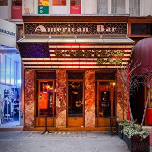 American Bar Kärntner Durchgang 10 01|14  Designed in 1908 by #adolfloos, and nowadays known as @loosbar...