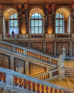 #kunsthistorischesmuseum#museum#art#artlovers#architecture#painting#traveling#travel#wien#vienna#austria#stairs# Kunsthistorisches Museum Vienna