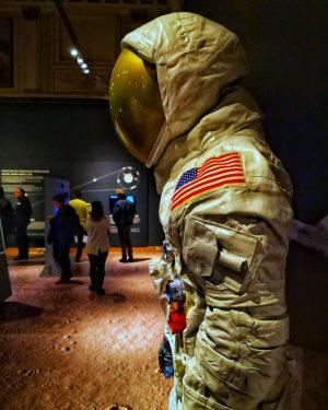 Instawalk: NHM MoonWalk #NHMMond #nhmwien #naturhistorischesmuseum #museum #moon #themoon #yearofthemoon #special #exhibition #igersaustria #igersvienna #vienna #inlovewithvienna #exploringvienna...