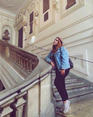 Pose casual parte 3 👑 #residenciadeverano #mypalace #vienna Belvedere Museum