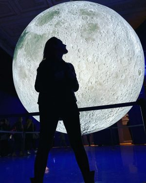 ... moonstuck @nhmwien... • • • #saturdayinthemuseum #exhibition #moon #moonstuck #moonlight #moonlightmagic #moonwalk ...