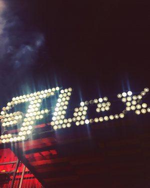 #flex #club #lights #atnight #dark #fun #music #concert #lifeofagony #lichter #soldout #ausverkauft #nightlife #inwien #mittwochs #joy #wienliebe...