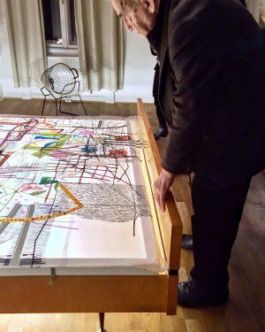 Daniel Spoerri is observing my work at 'Wild-Spoerri-Rosenstein' exhibition. . . #priceless #viennaartweek ...