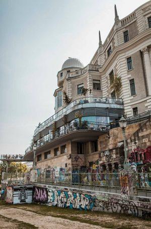 #vienna #ig_travel #ig_photo #streetphotographer #austria #landscape #streetfeat #photography #travelgram #color_photo #ig_watchers #graffiti #pic ...