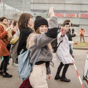 Beeindruckend! Rund 20.000 Menschen waren heute in Wien auf den Straßen, um für Klimaschutz zu demonstrieren. 🌍...
