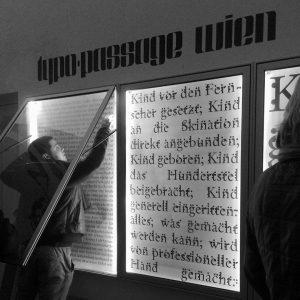 Tizian und ich #typopassage #museumsquartierwien #alexlebus und Tizian Natale Rupp MQ – MuseumsQuartier Wien