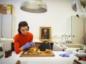 Die @meduniwien hat eine der größten Sammlungen anatomische Wachsmodelle Europas. Die beinahe 1000 Stücke stammen aus der...