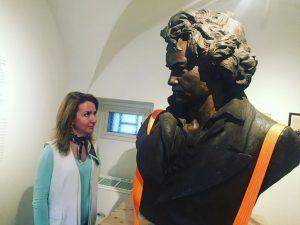 Кто кого переглядит 😉 Wien Museum Beethoven Museum