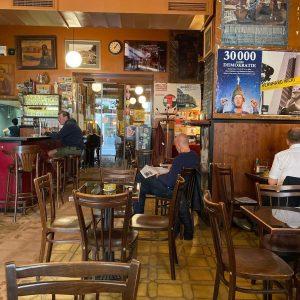 Home Office im Lieblingskaffehaus. Wien halt Kaffee Alt Wien