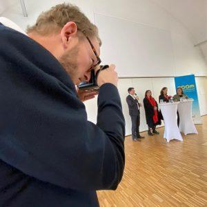 """""""Die Glückshormone sind sehr verdichtet hier spürbar..."""" #Pressekonferenz #AndreaSzutty - neue Direktorin des #zoom #kindermuseum im #MQ...."""