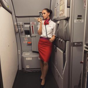 Welcome to Vienna, Ladies and Gentlemen ✈️ #vienna #vie #viennaairport #lauda #uniform #flightattendant Flughafen Wien - Vienna...