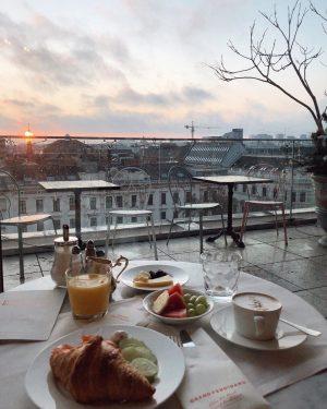 Morning in Vienna♥️🇦🇹 Доброе рассветное утро в Вене - именно этот город был ...