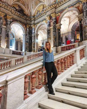 It's Kunstschatzi time sweetie 😊❤️. °°° #afterwork #museum #kunstschatzi #Vienna #WienIstAnders #party #love #KHM Kunsthistorisches Museum Vienna