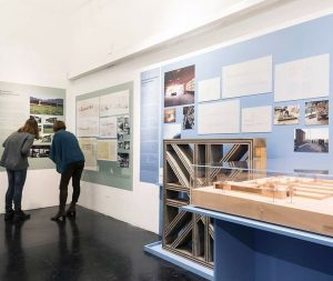 Noch nix vor heute Abend? 🤔Im Architekturzentrum Wien gibt's heute eine Kuratorinnen-Führung durch ...