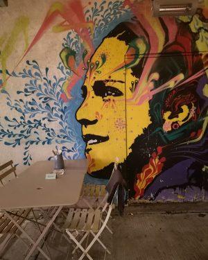 Nimm Platz unter einem Lächeln ☺️ #naschmarkt #vienna🇦🇹 #wien🇦🇹 #viennatouristboard #viennaphotographer #lovelyplace #esphotographys #huawaip20pro #esphotography #pragerfotoschuleösterreich #motivsuche...