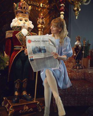 Дивись, що пишуть. Кожному, хто прикрасить ялинку..🤫 Таємна служба Лускунчиків🤗❄️✨ Grand Ferdinand - ...