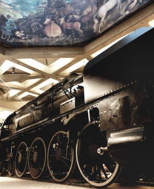 Nach der spektakulären Einbringung der Lokomotive ins TMW konnte nun Hochzeit gefeiert werden–so ...
