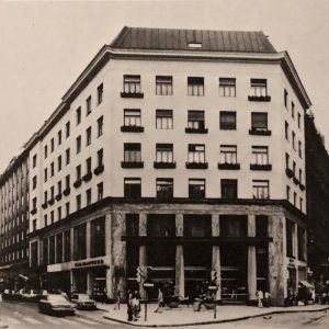 Goldman & Salatsch Building, Adolf Loos, 1910-1911