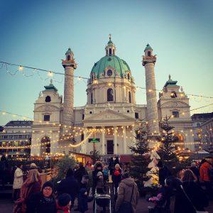 Wir wünschen dir ein schönes drittes Adventwochenende! #karlsplatzwien #wien #wienliebe #dritteradvent #weihnachtsmarktwien