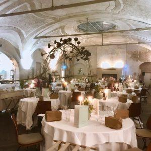 Grand Kobel by Taubenkobel. . . #taubenkobel #popup #grandkobel #donauhof #finedining #yummy #coollocation #konstantinluser #ballsaal Donauhof
