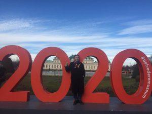 С наступающим вас 2020-м! Здоровья, удачи, гармонии, благополучия вам и вашим близким, честности во всем перед собой...
