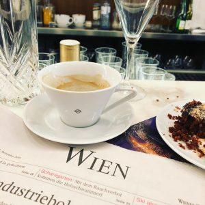 Наслаждаемся жизнью в самых красивых городах мира! Good morning, Vienna! #riverahome #декор #coffee #morning #morningcoffee #vienna #wien...
