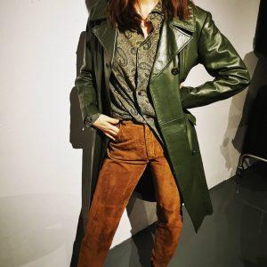 #1970s #truevintage #darkgreen #leathercoat #mintcondition #polyklamott #vintageshop #1060wien #handpickedvintage #vienna Polyklamott