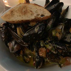 #kornat #cozze #muscheln #miesmuscheln #food #foodporn #foodblogger #foodlover #foodphotography #foodpics #viennagram #viennagourmet Restaurant Kornat