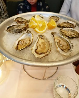 📍Kornat 🍴Oysters, Crab legs, Truffle Risotto, Mussels Restaurant Kornat