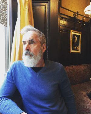 Herr Professor. Café Sperl