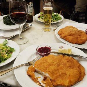 De lekkerste schnitzel ooit eet je natuurlijk in Wenen! Café Sperl