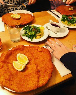 Kleines Schnitzel gefällig? 😋😜 #hunger Figlmüller (official)