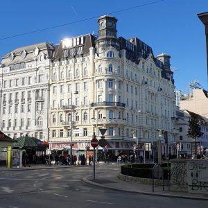 🇦🇹 . . . . . #igvienna #igwien #vienna #austria #austria🇦🇹 #city #travel #boy #girl