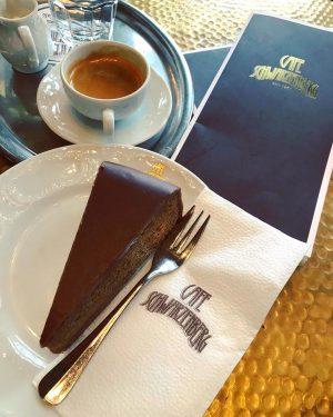 Natale a Vienna Part. I 📌 Cafe Schwarzenberg 🎄🎄🎄🎄🎄🎄🎄🎄 #vienna #vienna_city #sachertorte #breakfast ...