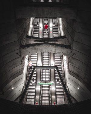 ◦ Nightout w/ @robz_shotz & @stani_film ◦ ◦ Canon 5D m4 ◦ ISO 1000 / f4,0 /...