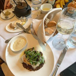 🍴🖼#tb to this amazing lunch right after visiting the Albertina Museum - [ ...