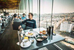 •• breakfast with a nice view of Vienna •• Vienna, Austria 🇦🇹 #hotel #reisen #instatravel #breakfast #vienna...