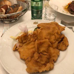 とりあえずウィーンの名物料理食べました! #シュニッツェル #ターフェルシュピッツ Hotel Imperial, a Luxury Collection Hotel, Vienna