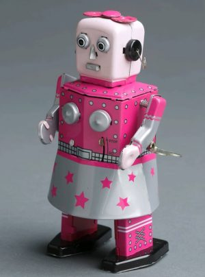 """It´s #pinkwednesday again!🤖💗 Bei dieser Spielzeug-Roboterin wurden verschiedene Merkmale des idealisierten """"weiblichen"""" Körpers hervorgehoben: die freigelegte Brust,..."""