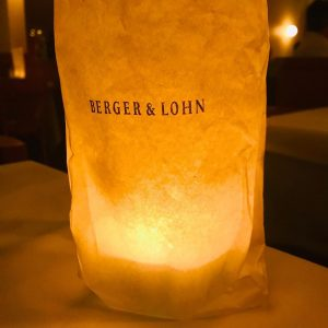 So, please carry the lantern high #bergerundlohn #weinhaus #1180wien #währing #vienna #viennarestaurant #theirsatanticmajestiesrequest Weinhaus